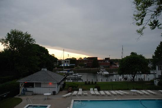 Townsend Manor Inn: View from Deck