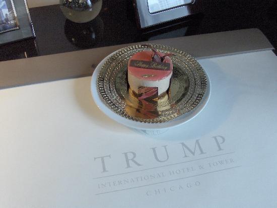 Trump International Hotel & Tower Chicago: Birthday treat