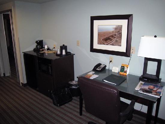 Holiday Inn Hotel & Suites, Williamsburg-Historic Gateway: Amenities