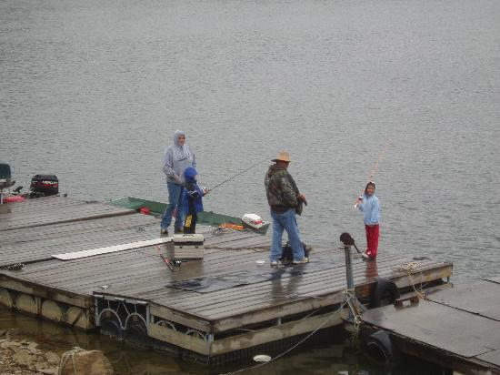Gwinn Island Resort and Marina: fishing off the dock!
