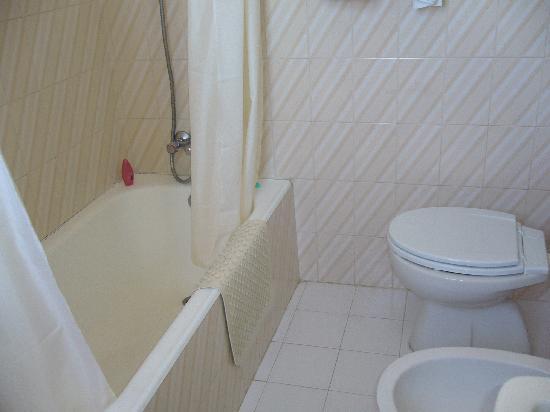 Mar a Vista: Bathroom room 502