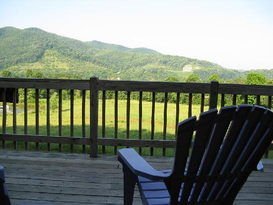 Broadwing Farm Cabins: View from front porch