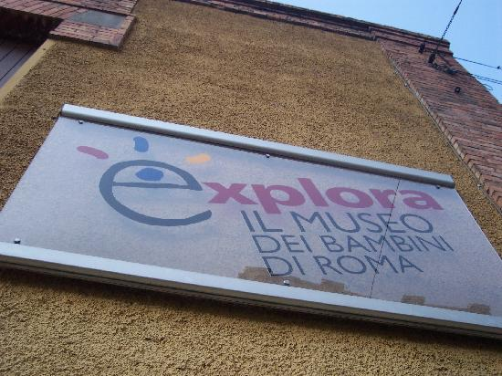 Explora: sign from the street
