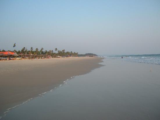 utorda beach near the galaxy hotel
