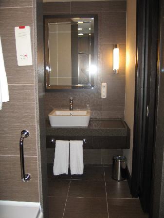 Cornelia Diamond Golf Resort & Spa: Bathroom