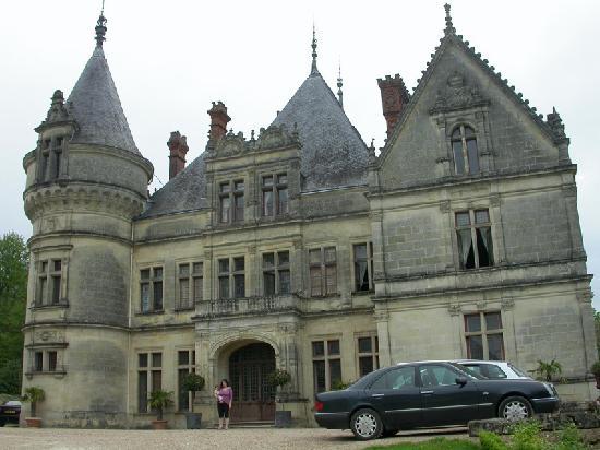 Chateau de la Bourdaisiere: modeste-demeure-nuitlol