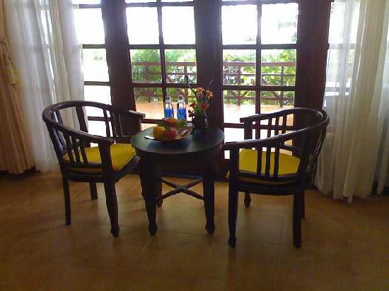 Cham Villas: room