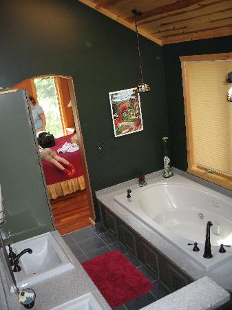 Black Dog Lodge: Bathroom