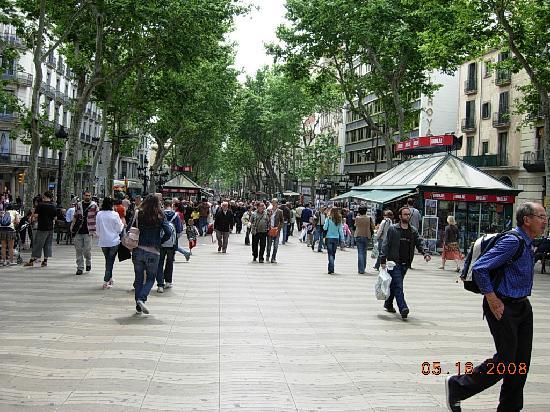 Citadines Ramblas Barcelona: La Ramblas