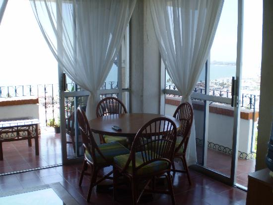 Hotel Suites la Siesta: Our room