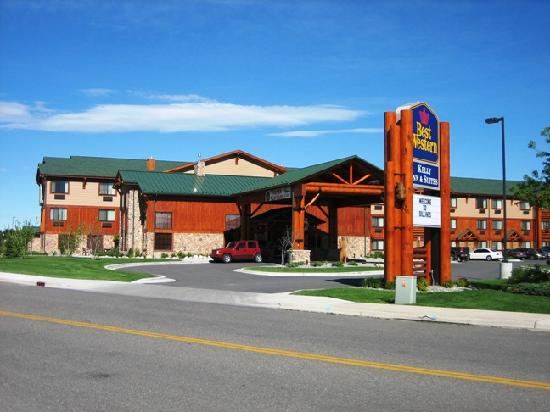 BEST WESTERN PLUS Kelly Inn & Suites: Front of hotel