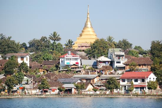 Kengtung, Chom Kham Pagoda