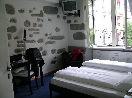 Hotel Hirschen: room 603