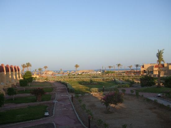 Carnelia Beach Resort: Vista dalla camera