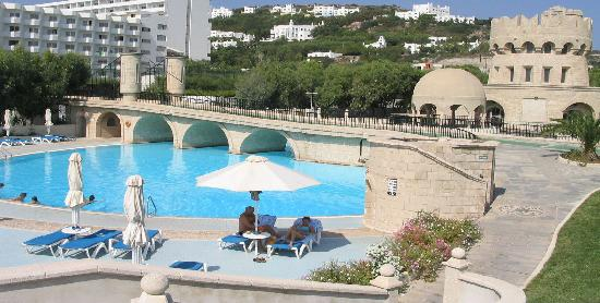 Esperos Palace Resort: one of the swimming-pools