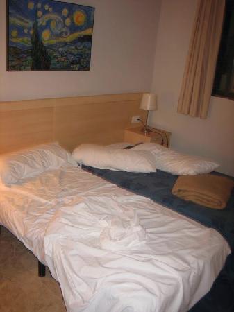 Plaza Picasso: camera da letto