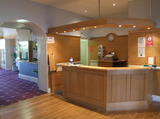 The Pentire Hotel: hotel reception