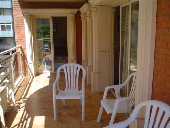 Imperial Apartments: balcony