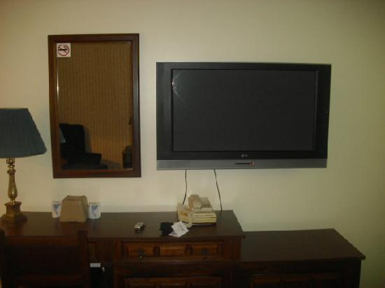 Colonial Inn: TV pic
