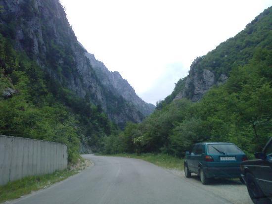 Kosovo: Gryka e Rugoves-Rugova valley-Kosova