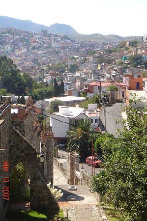 هوتل كاستيلو سانتا سيسليا: View of Guanajuato