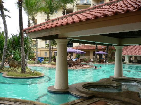 Marbella Hotel, Convention & Spa : Pool area
