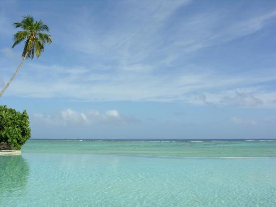Pacific Resort Aitutaki: View of Lagoon From Pool