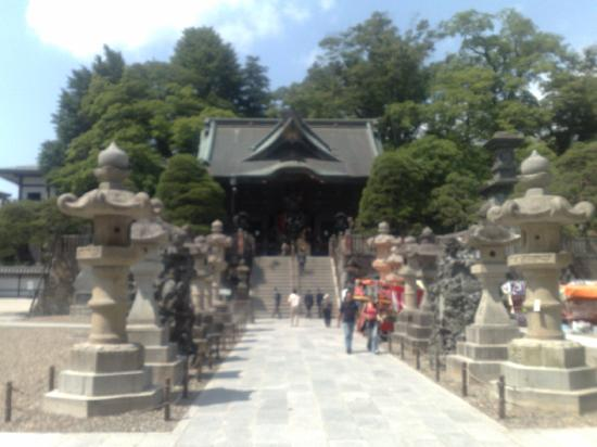 Naritasan Shinsho-ji Temple: just through the main gate