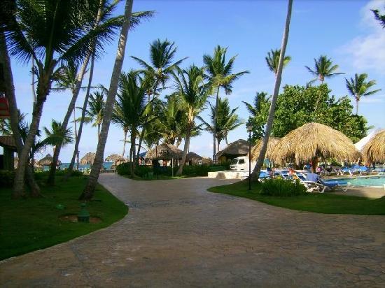 Tropical Princess Beach Resort & Spa: The resort