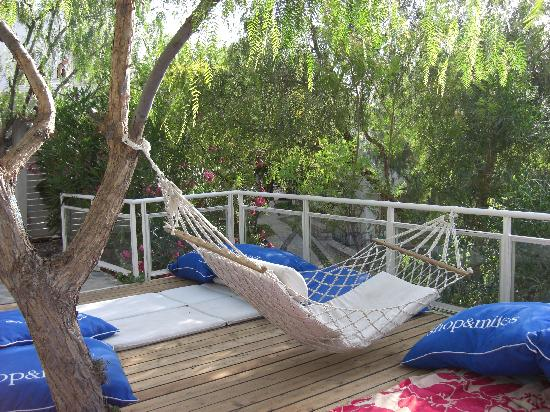 The relax pool hammac - Picture of Fuga Fine Times, Bodrum City ...