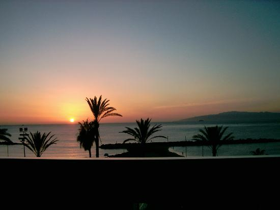 Palm Beach Tenerife: sunset at tenerife xmas 07