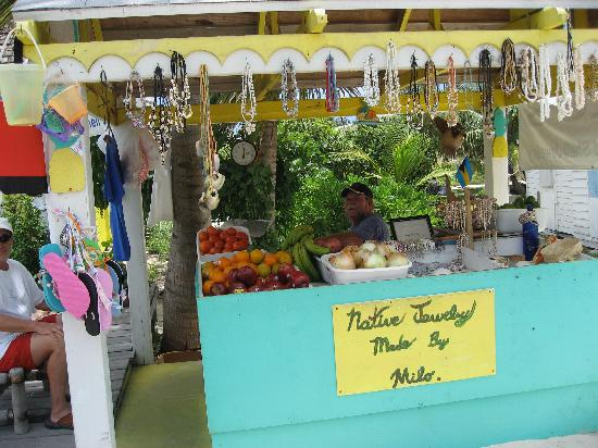 Milo's Fruit Stand: Handcrafted Native Jewelry