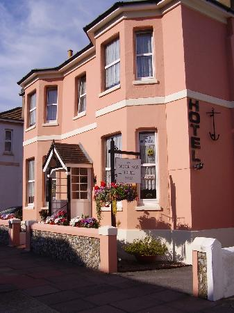 Worthing, UK: The Moorings Guest House
