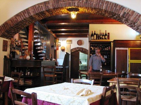 Randazzo, Italy: San Giorgio e il Drago