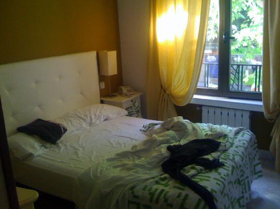 La mia camera 213 picture of hostal barrera madrid - La mia camera ...