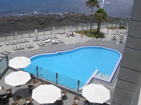 Piscina climatizada picture of hotel arenas del mar el for Piscina climatizada