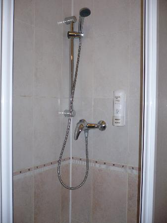 Alton: Good shower