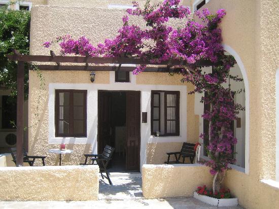 Bellonias Villas: room