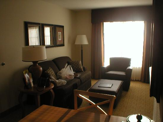 Homewood Suites by Hilton @ The Waterfront: Sitting area