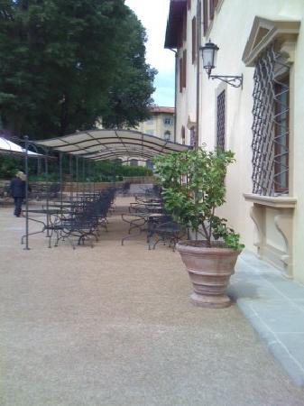 Four Seasons Hotel Firenze: ristorante all'aperto