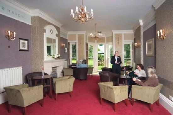 Penhaven Country House Hotel: lounge area
