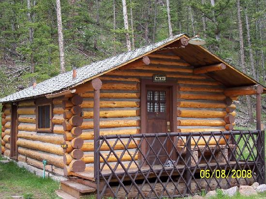 Absaroka Mountain Lodge: cabin # 7