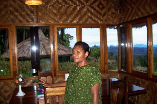Ambua Lodge: Server
