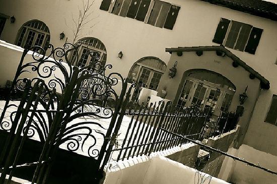 La Posada Hotel: La Posada, Rt. 66 entrance
