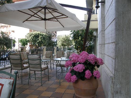Hotel Francia e Quirinale: Hotelterrasse