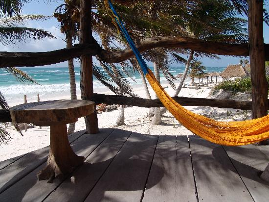 Cabanas La Luna : Hammock and chair from Capt's porch