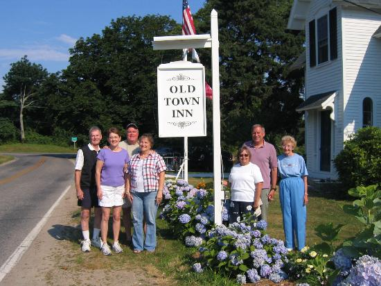 The Old Town Inn: The Whole Gang
