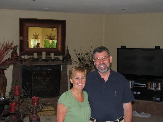 Desert Thistle: Maureen and Warner, our excellent hosts