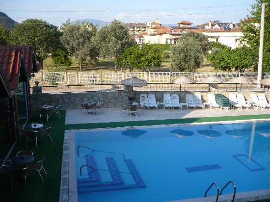 Babadan Hotel & Apartments: front pool and bar area