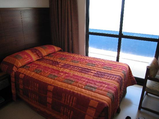 Monte Pascoal Praia Hotel: Spotless rooms